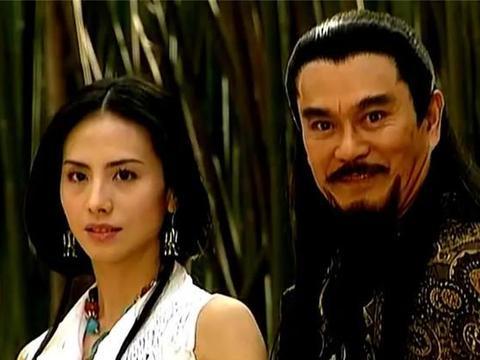 《风云2》播出17年,雷人造型至今少有对手,赵文卓因伤躲过一劫