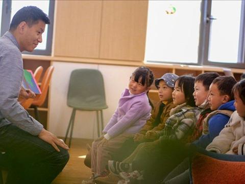 让西藏的孩子聆听来自世界的故事  一位藏族青年的藏语绘本创业路