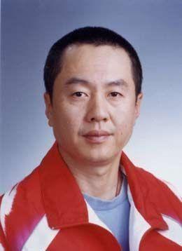 他从国乒名将到女乒教练,重刘诗雯轻郭跃,后娶小23岁爱徒