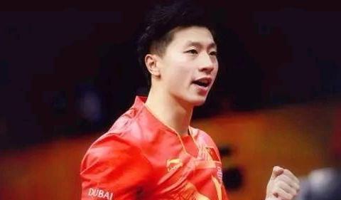 20岁世界冠军遭马龙逆转,刘国梁场边祝贺,王楚钦可以独当一面了