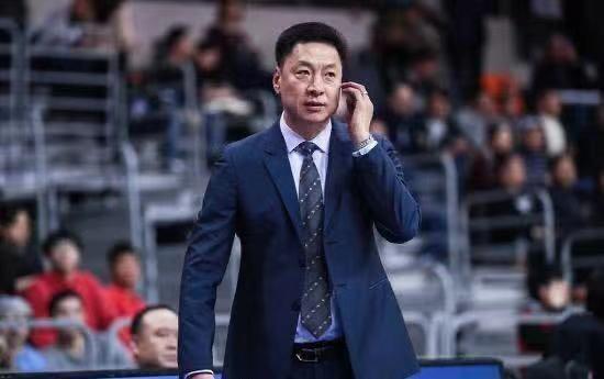 国手强援来投,上海队新赛季争冠