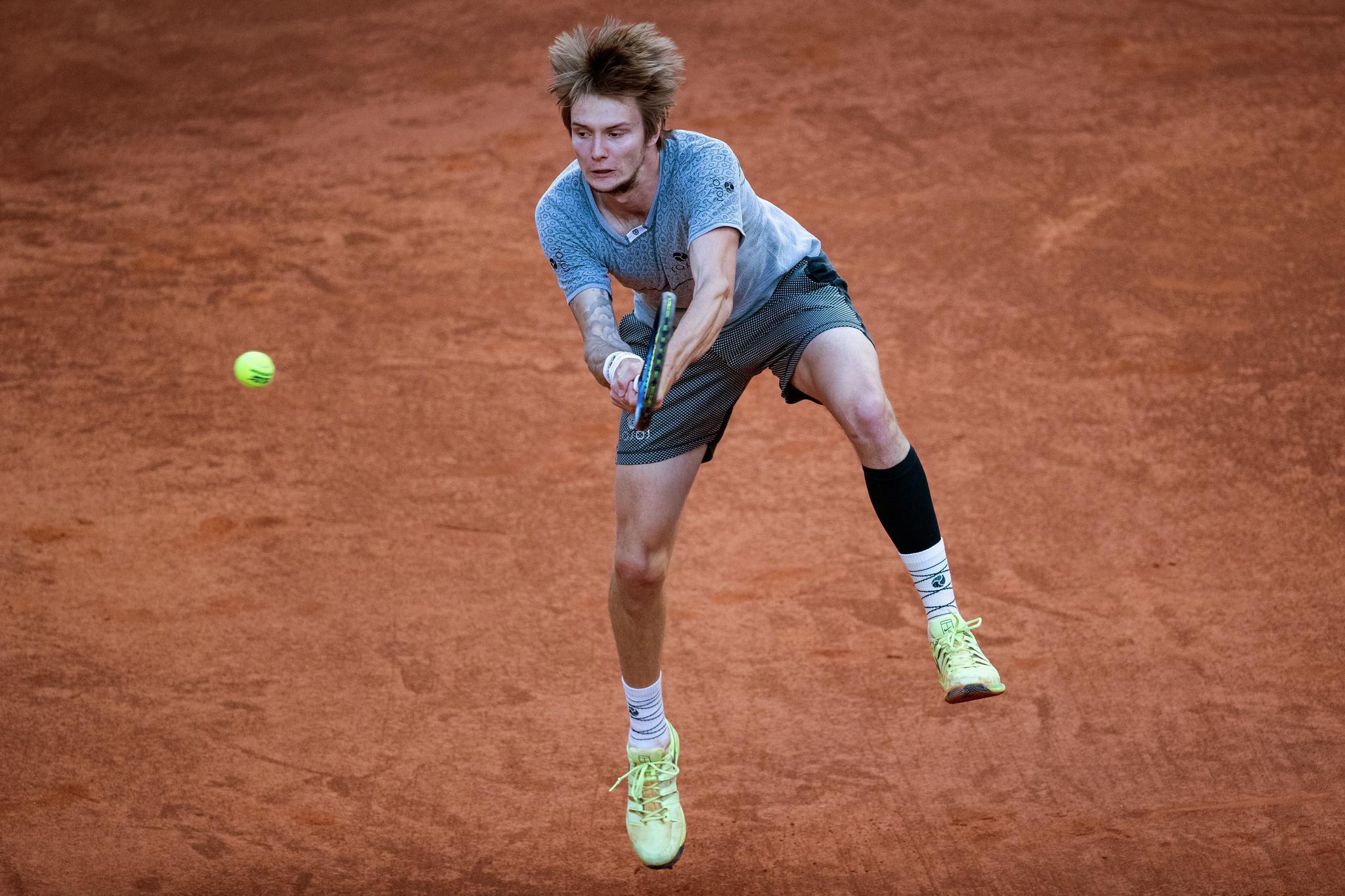 网球——马德里公开赛:鲁德晋级半决赛