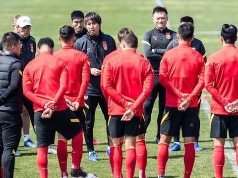 泰山队将有7人入选国足,踢中超不会受影响,武汉队受影响最大