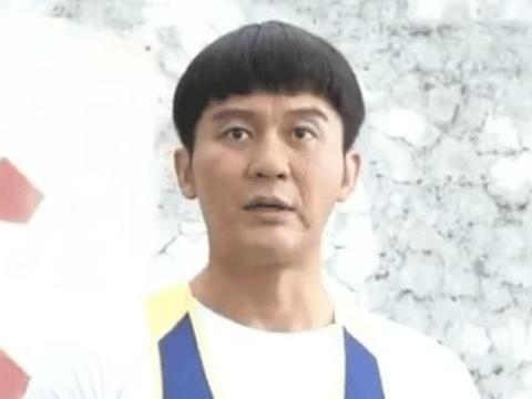 违和感太强烈,42岁李晨扮演17岁高中生,西瓜头造型是亮点