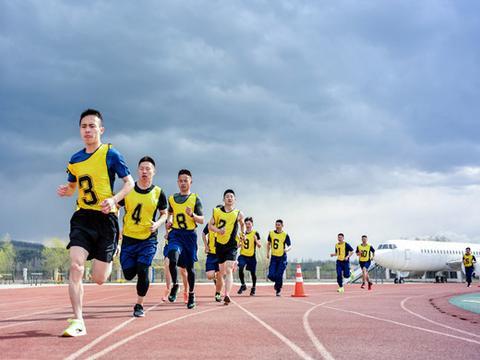 哈尔滨市举办消防救援岗位大练兵体能对抗赛