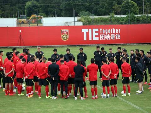 为国足提前集训让路 广州与国安延期比赛将在8月进行