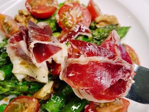 健康减脂餐推荐:虾仁玉米片沙拉,扇贝芦笋沙拉,春日低碳沙拉