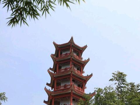 衡阳一个县级市,交通发达,和郴州走得很近,经济发展很慢