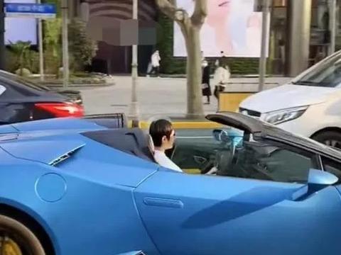 """孙俪开320万超跑出街,低调的""""娘娘""""也来""""炫富""""了?"""