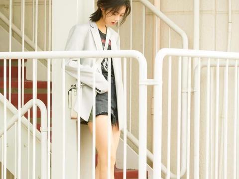 赵今麦连衣裙流苏辫,今年刚好18岁,粉丝表态抱回家