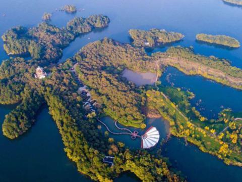 """河南有一冷门景点,面积是西湖11倍,素有""""北国江南""""的美誉"""