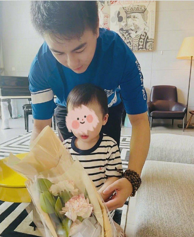 小明解锁新身份的第二个年头 又迎来第二个小baby了!喜上加喜啊