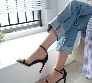 解锁夏季凉鞋的穿法,不妨试试这三款,全新搭配任你挑
