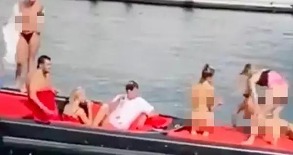 一群乌克兰姑娘不穿衣,在土耳其泛舟嬉戏,警察赶赴现场一探究竟