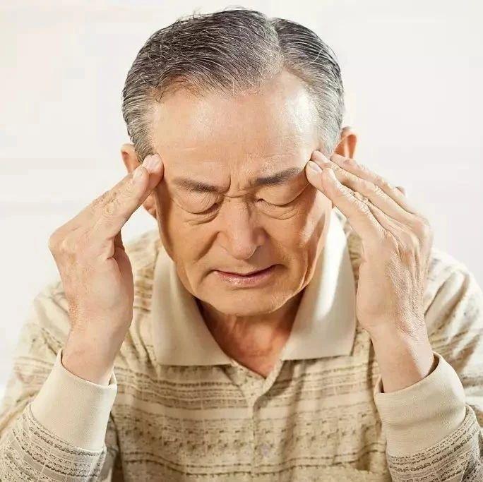 3个坏习惯容易诱发老年痴呆,45岁之后都该注意