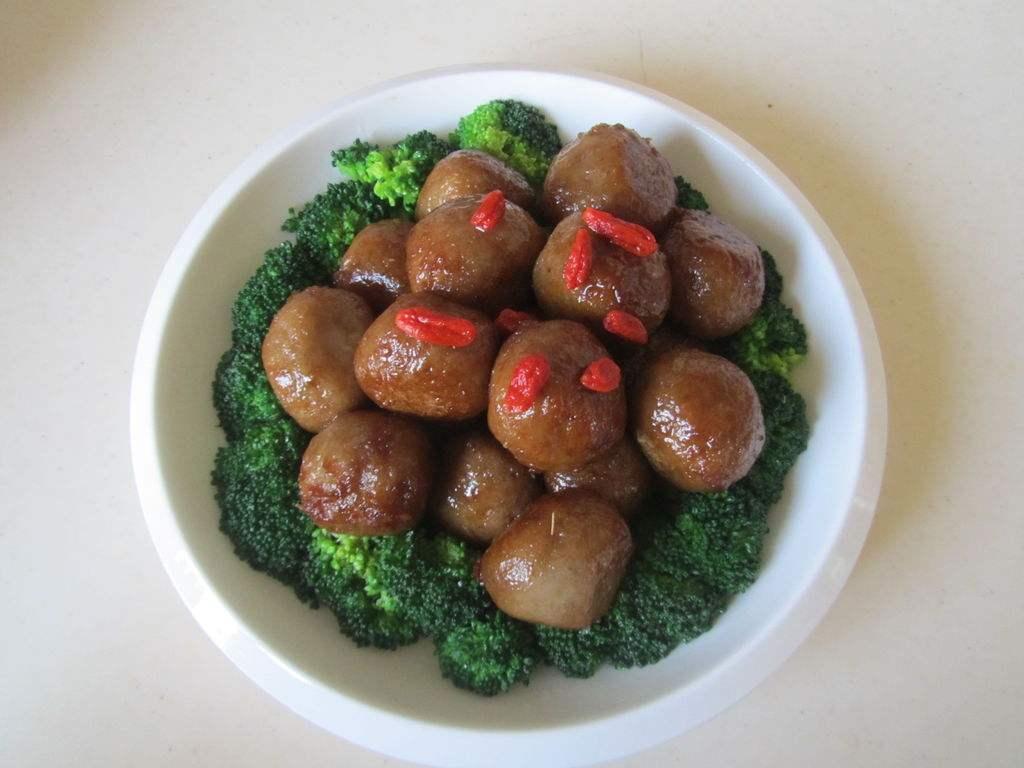 原来西蓝花鱼丸这样做更好吃,营养美味又能解馋,孩子吃的很开心
