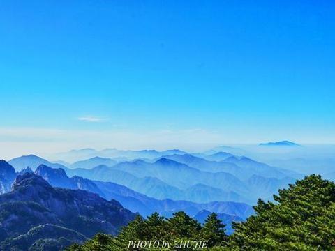 与黄山、九华山名列安徽三大名山,人文和自然景观众多,值得推荐