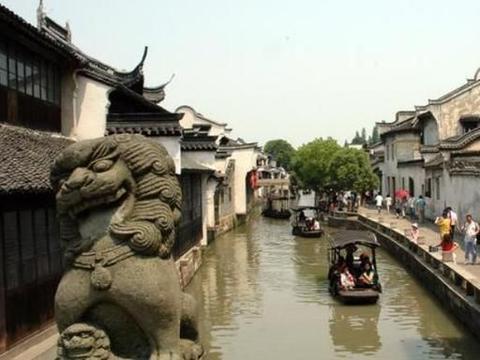 """河南一古镇""""深藏不露"""",距郑州1小时车程,游客来了玩不够!"""