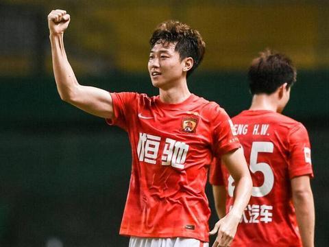 广州队2:0沧州雄狮,本土球员进2球,归化球员集体哑火!