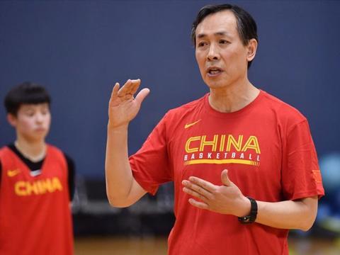 中国女篮00后顶级内线入队,剑指奥运金牌