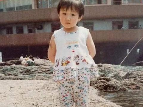 乒乓球运动员陈梦的故事,她是女队的马龙,最开始出名竟是因颜值