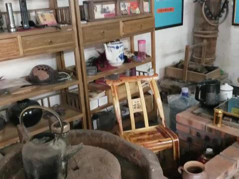 河谷营地,那些几十年前的家具和农具,勾起了我流泪的乡愁