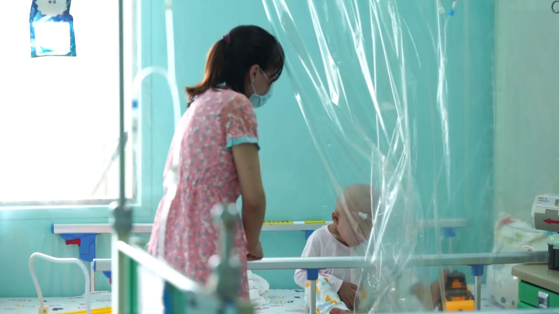 """深圳市妇幼保健院院长最新表态:生孩子""""住走廊""""的历史将改变"""