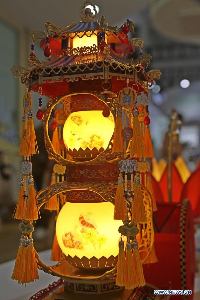 Photo taken on May 8, 2021 shows a Zigong lantern from southwest China's Sichuan Province on display during the first China International Consumer Products Expo in Haikou, capital of south China's Hainan Province. Domestic exhibits with Chinese characteristics are quite a sight at the Expo, not only meeting the needs of consumers, but also reflecting the unique charm of Chinese culture. (Xinhua/Ding Hongfa)