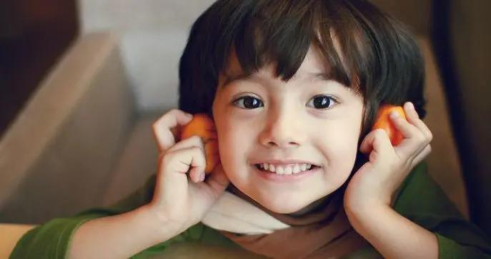 家有男孩,有些话父母再生气也不适合说出口,会影响孩子自尊心