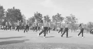 太原市高尔夫球协会成立,小小球员挥杆高飞青春当燃