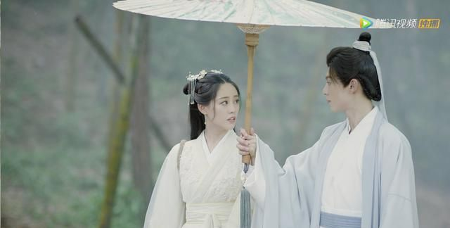 祝绪丹陈钰琪患难姐妹,遇到呆滞如AI的男主,神仙也救不了!