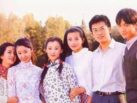 因演可云被导演求婚,如今老公满头白发,与徐露似两代人