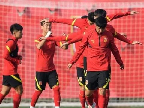国足世预赛大名单惹争议,泰山队意外收获利好消息