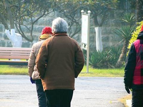日本人不爱锻炼,为什么还能做到长寿?健康长寿之谜,已被解开