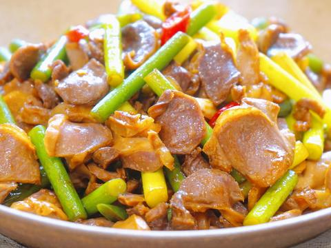 香家常菜辣鸡胗,有嚼劲味道好,香香辣辣无腥味,简单方便还下饭