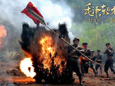 《毛泽东在才溪》:为烈士母亲梳头,为年轻生命落泪!