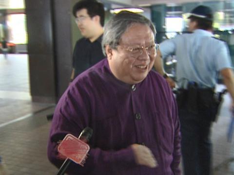 胡慧中丈夫遭吊销医师执照,决意退休享清福,靠六千万资产过余生