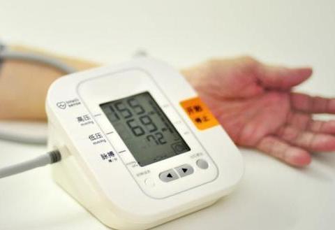 血压偏高的人,除了盐以外,要少碰这三种素食,加一运动或能改善