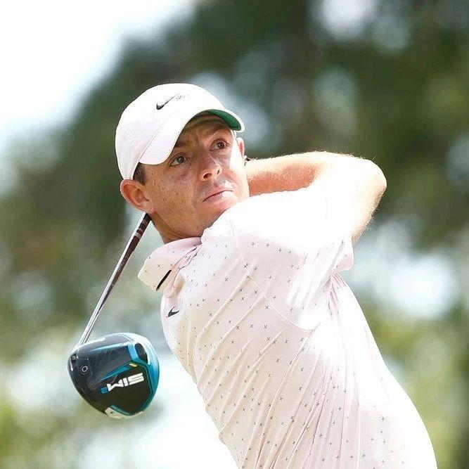 【第一装备】全新SIM2发球杆、TP5x高尔夫球等全套泰勒梅装备助力!罗里·麦克罗伊赢美巡第19冠