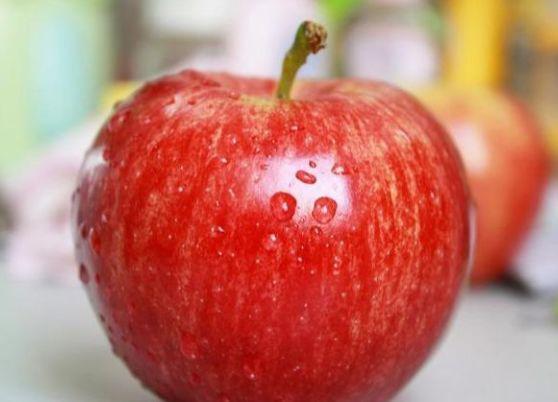 心理测试:如果你是白雪公主,你会吃哪个苹果?测量你最近的运势