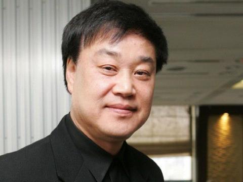 韩国金牌制作人李春良因心脏病猝死,病发时正在参加电影节会议