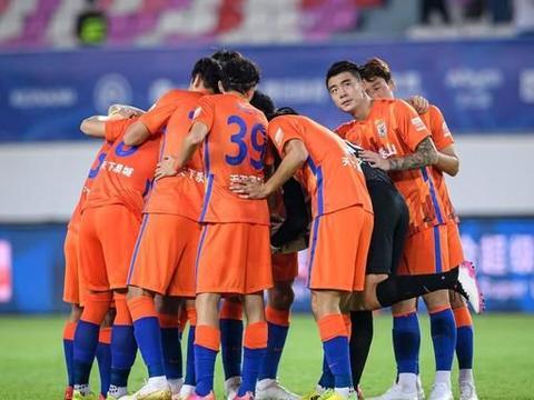 中超泰山归化国脚仍无机会,已荒废2年,中国足协仍对他进行限制