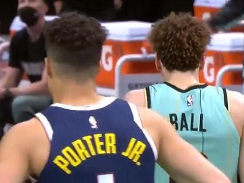 波特三分10中6火热,约基奇17罚无解,NBA又一组双巨头