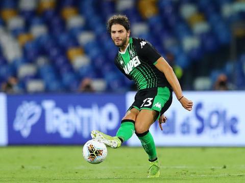 洛卡特利:我对前往国外踢球持开放态度 若能加盟巴黎我愿意