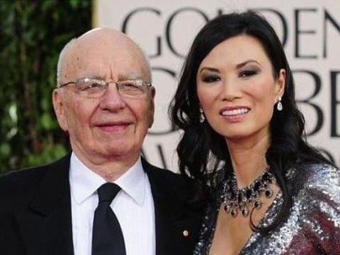 草根女到国际巨富,31岁嫁世界大亨,名媛邓文迪一路睡到人生巅峰