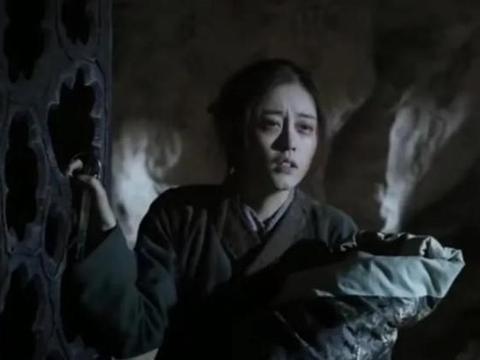 三生三世:玄女离开翼界后,她先后找两人,为何只有胭脂敢收留她