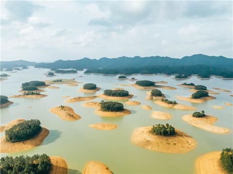 广东有一个最值得一看的湖泊,还有散落满天星的小岛