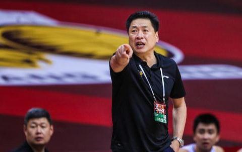 CBA又一超级球队诞生,梭哈周琦和赵继伟,报价2亿太吓人