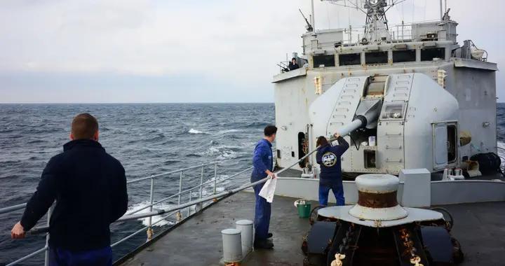 法国巡逻舰进入黑海 俄黑海舰队在对其监视