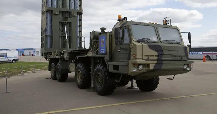 """俄罗斯南部军区接装首套S-350""""勇士""""防空导弹系统"""